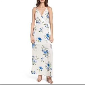 Lush floral maxi dress  small.Medium and large